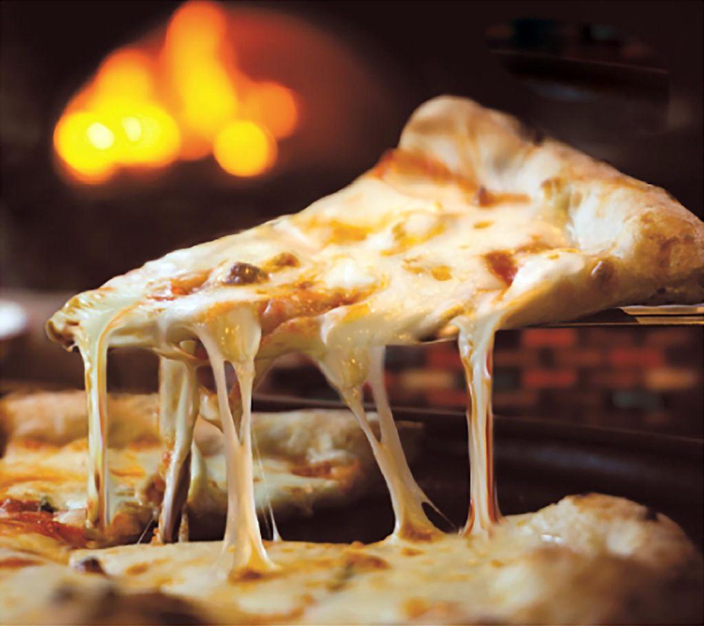 Ottima_mozzarella_pizza.jpg